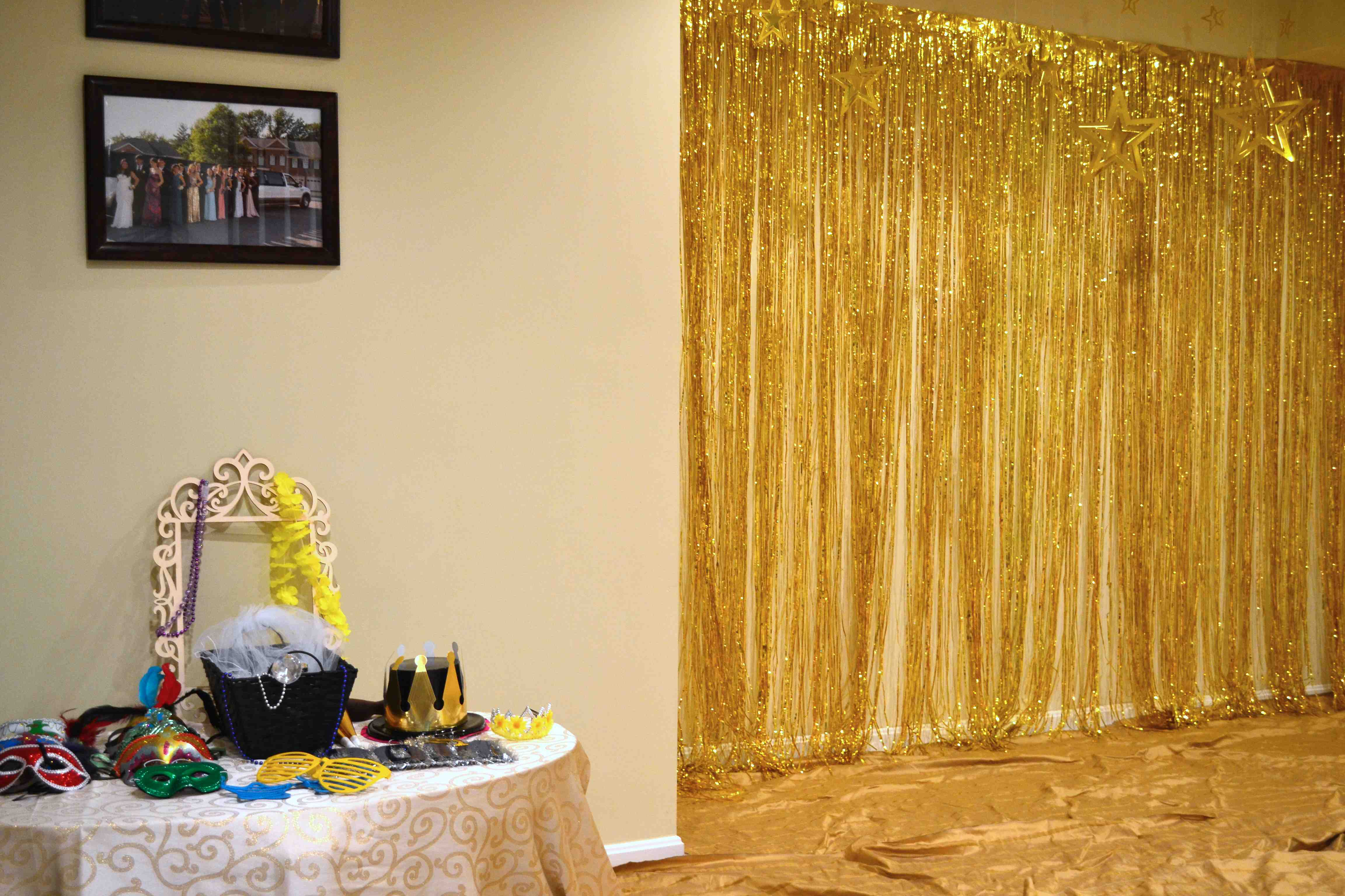 Luxury Graduation Party Wall Decorations Vignette - Art & Wall Decor ...